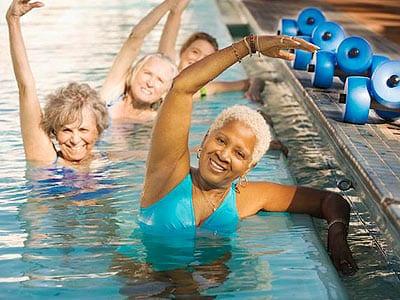 Οι ασκήσεις δύναμης βοηθούν ηλικιωμένους να αποφεύγουν πτώσεις και τραυματισμούς